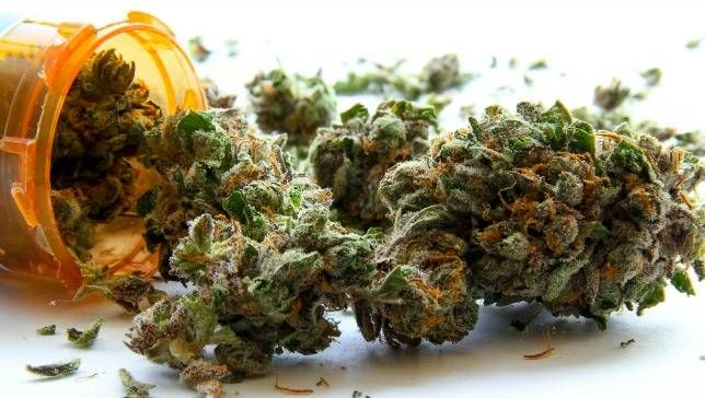 medical-marijuana-jpg-653x0_q80_crop-smart