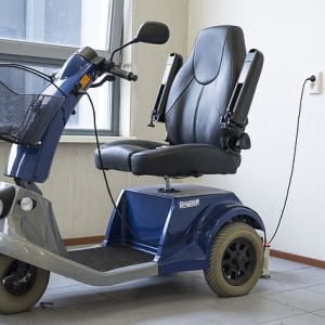 mobility-scooter-1372965_640