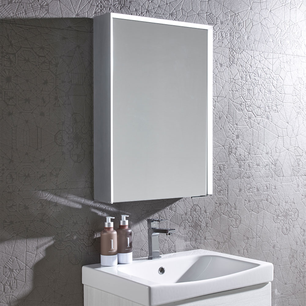 Roper-Rhodes-Tune-Bluetooth-Illuminated-Mirror-Cabinet-TU50AL-lifestyle--£518.44--victorianplumbing.co.uk