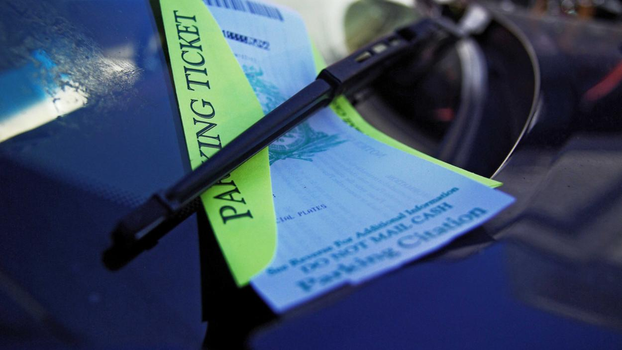 private-parking-companies-are-issuing-illegal-parking-tickets-623-1435018899