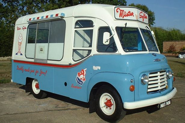 Mister_Softee_vans_took_to_the_UK_roads_from_1959_221661246